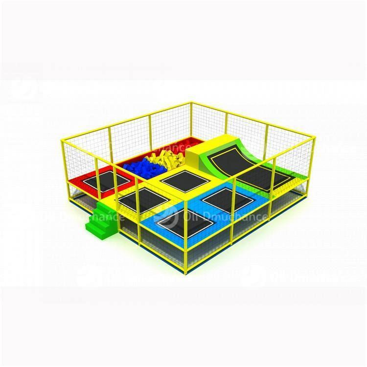 Park trampolin Pianki